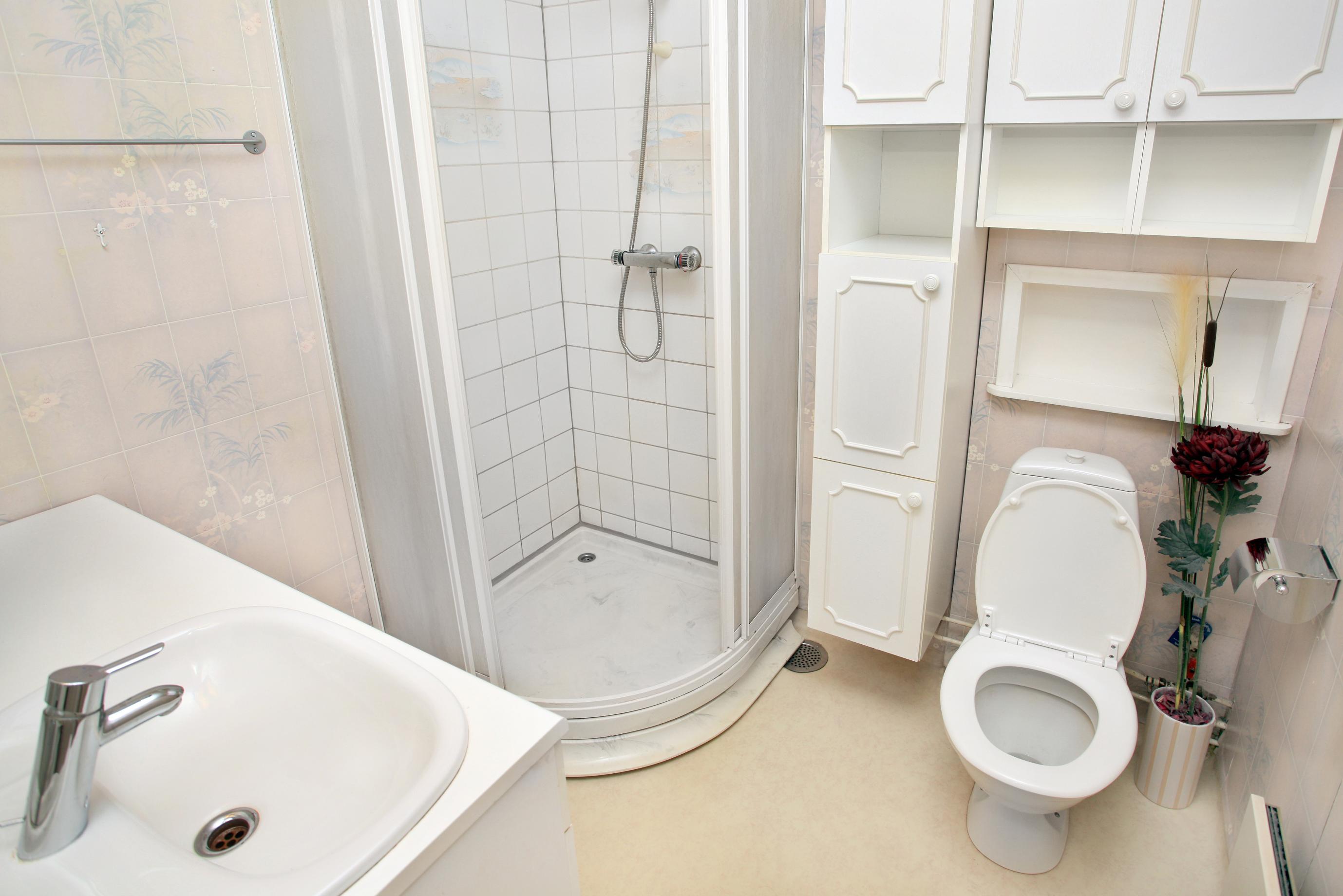 מקלחון עגול מעוצב